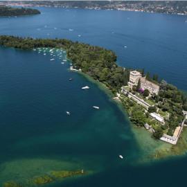 Discover the Isola del Garda