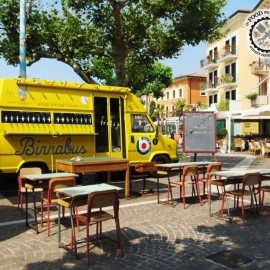 In food we truck: enjoy street food!